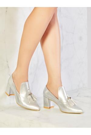 Mecrea Exclusive Christopher Gümüş Püsküllü Topuklu Ayakkabı