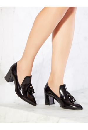 Mecrea Exclusive Christopher Siyah Mat Rugan Püsküllü Topuklu Ayakkabı