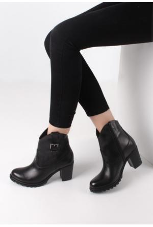 Erbilden Sür Siyah Cilt Fermuarlı Kadın Topuklu Bot