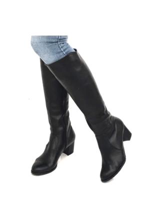 Mio Gusto Siyah Deri Kısa Topuklu Çizme