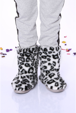 Minda Siyah/Beyaz Leopar Desen Bayan Ev Botu - 1