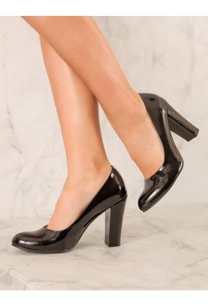 Mecrea Exclusive Grant Siyah Rugan Topuklu Ayakkabı