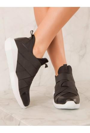 Mecrea Exclusive Eshe Siyah Beyaz Tabanlı Spor Ayakkabı