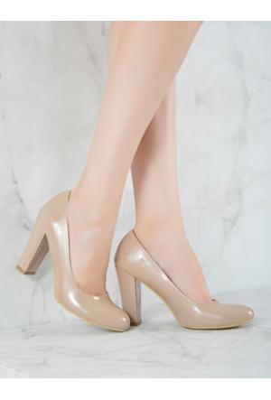 Mecrea Exclusive Grant Vizon Rugan Topuklu Ayakkabı