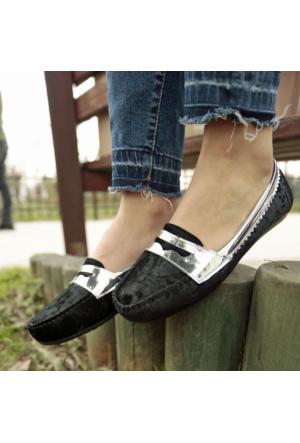 İnce Topuk Siyah Kadife Loafer Ayakkabı