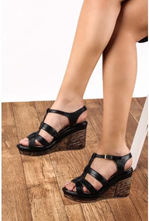 Gön 25836 Siyah Deri Kadın Sandalet