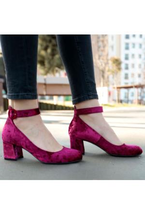 İnce Topuk Kadife Kısa Topuklu Ayakkabı
