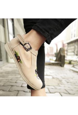 İnce Topuk Nakış İşlemeli Oxford Ayakkabı