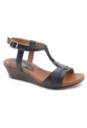 Fancy W8988 Siyah Alçak Topuk Sandalet