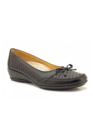 Siber 123865 Siyah Delikli Ortopedik Kadın Ayakkabı