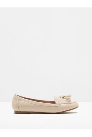 Koton Kadın Püskül Detaylı Ayakkabı Bej