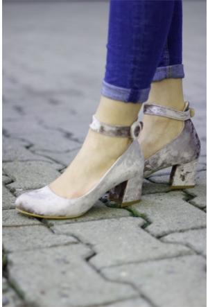 İnce Topuk Kadife Kısa Topuklu Ayakkabı 7YAZA0043790