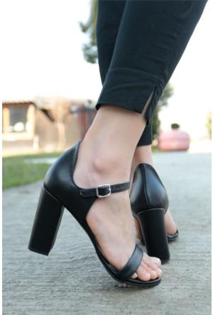 İnce Topuk Topuklu Ayakkabı 7YAZA0070004