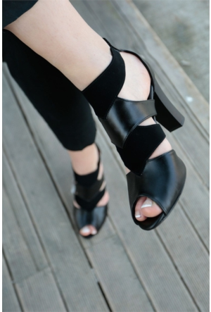 İnce Topuk Topuklu Ayakkabı 7YAZA0077004