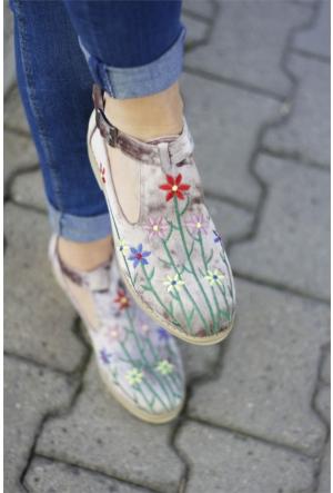 İnce Topuk Nakış İşlemeli Oxford Ayakkabı 7YAZA0080445