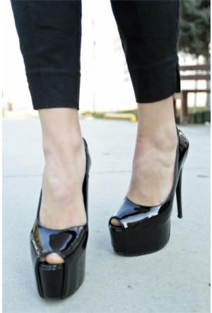 İnce Topuk Burnu Açık Platform Topuklu Ayakkabı 7YAZA0090433