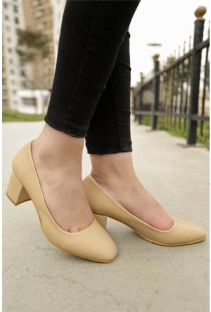 İnce Topuk Kısa Topuklu Ayakkabı 7YAZA0099074