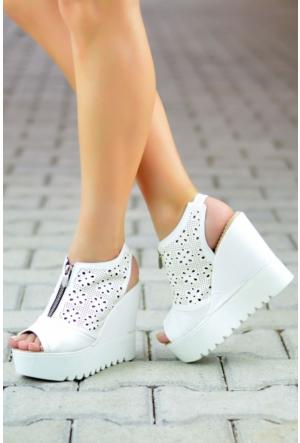 Peri Kızı Lazerli Dolgu Topuklu Ayakkabı Beyaz