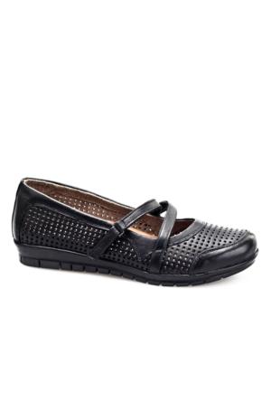 Cabani Kemerli Günlük Kadın Ayakkabı Siyah Deri