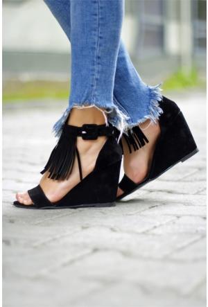 İnce Topuk Dolgu Topuk Püsküllü Ayakkabı