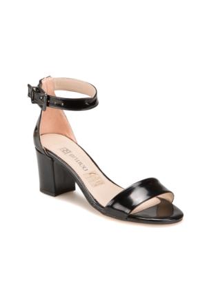 Butigo S1100 Siyah Kadın 397 Sandalet