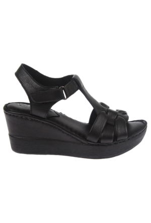 Beety Bty 303 Siyah Hakiki Deri Dolgu Tabanlı Bayan Sandalet
