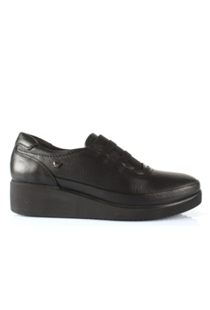 İloz 410033 Siyah Hakiki Deri Anatomik Taban Bayan Ayakkabı