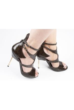 Veyisusta Çivi Topuk Bayan Ayakkabı