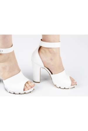 Veyis Usta Tabanı Zımbalı Kalın Topuk Bayan Ayakkabısı