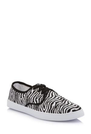 DeFacto Kadın Leopar Desenli Ayakkabı Siyah