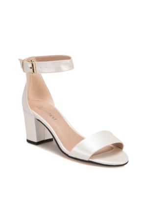 Butigo S1100 Beyaz Kadın Sandalet
