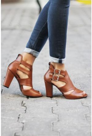 İnce Topuk Topuklu Ayakkabı 7YAZA0014014