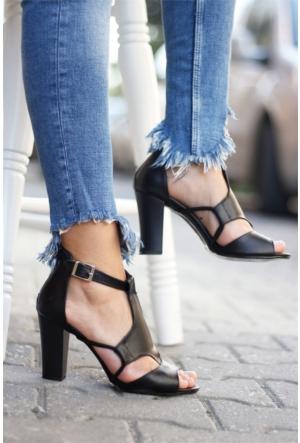 İnce Topuk Topuklu Ayakkabı 7YAZA0167004