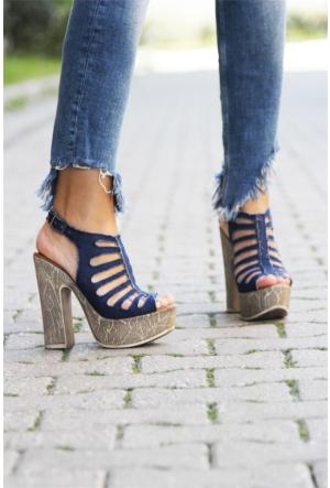 İnce Topuk Lazer Kesim Topuklu Ayakkabı