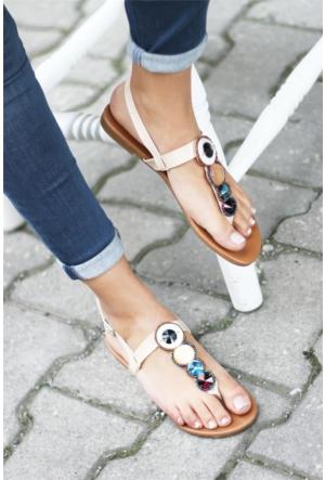 İnce Topuk Taşlı Sandalet
