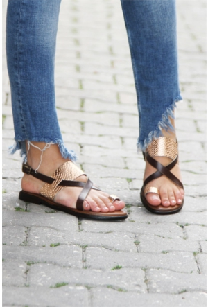 İnce Topuk Çapraz Bant Sandalet