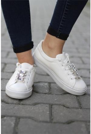 İnce Topuk Taşlı Bağcıklı Spor Ayakkabı