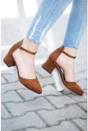 İnce Topuk Bilekten Bağlamalı Kısa Topuk Sandalet