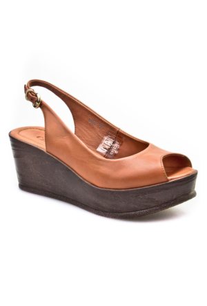 Cabani Dolgu Topuk Günlük Kadın Sandalet Taba Deri