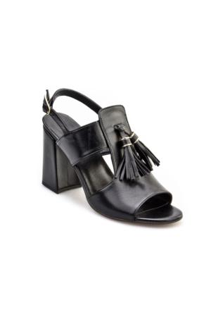 Cabani Topuklu Püsküllü Günlük Kadın Sandalet Siyah