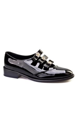 Cabani Çiçek Kemerli Dekolte Günlük Kadın Ayakkabı Siyah Rugan