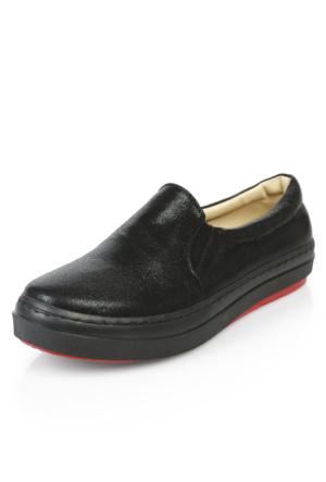 Demir Simli Siyah Ayakkabı