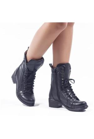 Whıteline Line Siyah Bağcıklı Kalın Topuklu Kadın Bot 2506