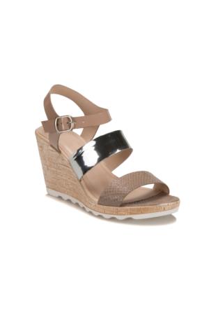 Miss F Ds17077 Bej Gümüş Kadın Sandalet