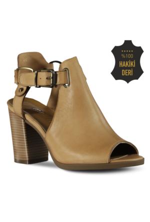 Marjin Liyen Topuklu Deri Ayakkabı Bej
