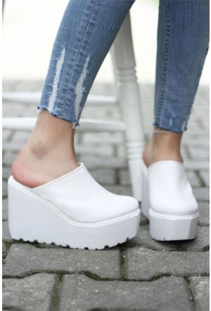 İnce Topuk Dolgu Topuklu Ayakkabı 7YAZA0132118