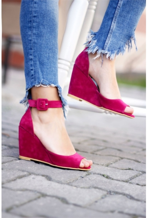 İnce Topuk Dolgu Topuk Ayakkabı 7YAZA0164642