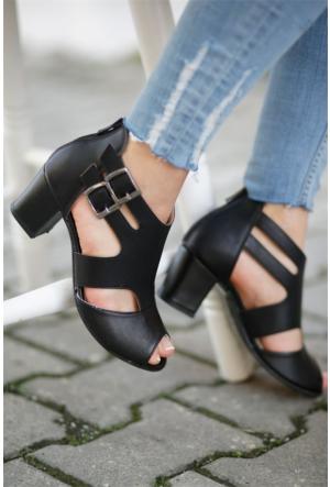 İnce Topuk Topuklu Ayakkabı 7YAZA0278004
