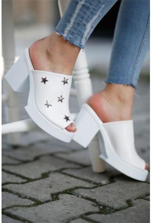 İnce Topuk Yıldız Desenli Topuklu Ayakkabı 7YAZA0292118