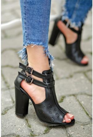 İnce Topuk Lazer Kesim Topuklu Ayakkabı 7YAZA0313004